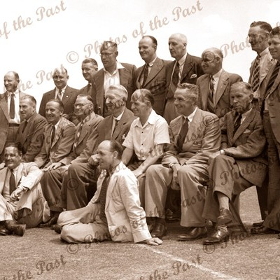 Group of cricket champions 1930s Oldfield McCabe Kippax Downes O'Reilly Hendry Grimmett Richardson Duckworth Richardson Gilligan Woodfull Armstrong Collins Ironmonger Mailey Darling Fingleton