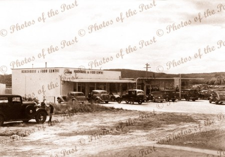 The 'Four Kings' Roadhouse, Anglesea, Victoria c1940s cars great ocean road