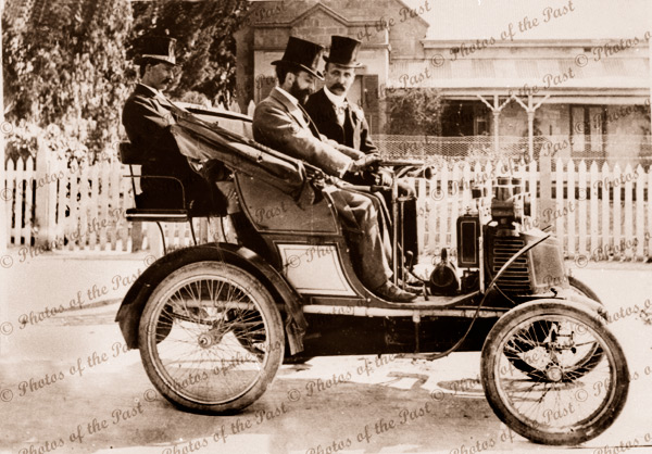 """First car in Mitcham. """"New Orleans"""" 1901 South Australia"""