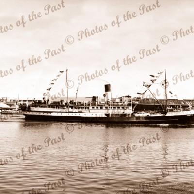 SS KARATTA leaving Port Adelaide South Australia c1950s steam ship