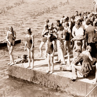 Prior to start of ladies race, Port River, SA, South Australia c1940s