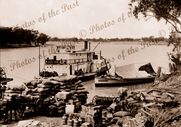 PS QUEEN at Renmark wharf, SA, South Australia c1910 paddle steamers