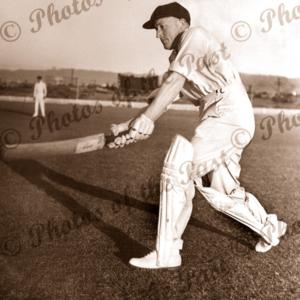 Australian cricketer, Ron Hamence with bat c1936