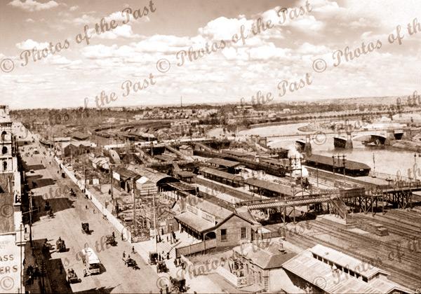 Flinders St Railway Station Melbourne, under construction, Vic. c1890s. Victoria