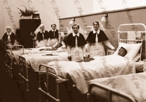 Red Cross in hospital ward WW2, SA, nurses, South Australia. c1940s