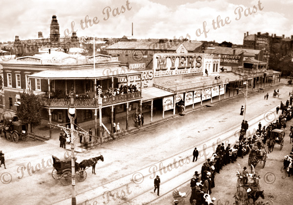 Watching the parade, Bendigo, Vic.Victoria. c1900. Horse and carriage. Myers