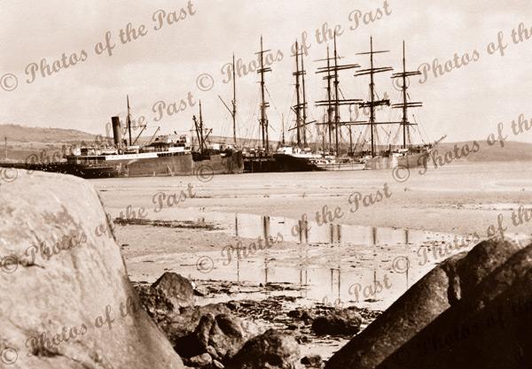 Shipping at Pt Lincoln, SA, with SS PARINGA. c1920s