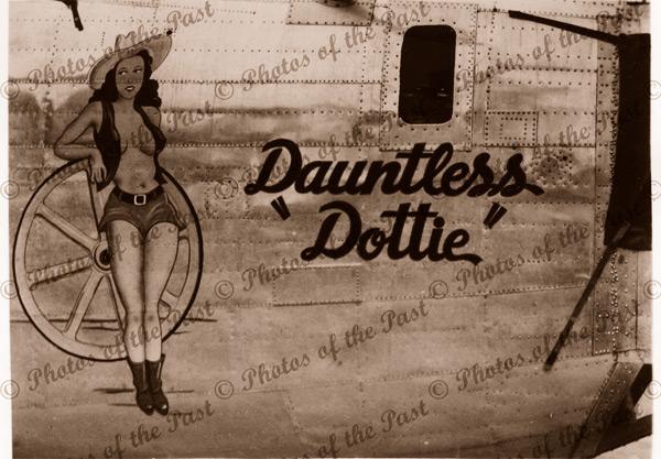 U.S.Warplane nose art WW2 - 'Dauntless Dottie' c1940s - 'Dauntless Dottie'