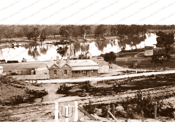 Morgan Railway Station, SA.1914 South Australia. Murray River