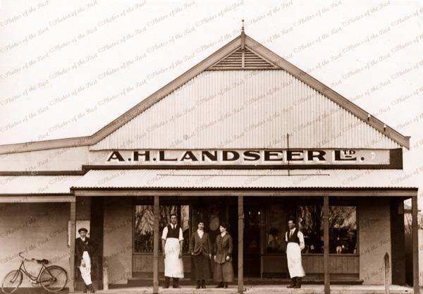 A.H. Landseer Ltd. River shipping office at Waikerie, SA. South Australia. 1916