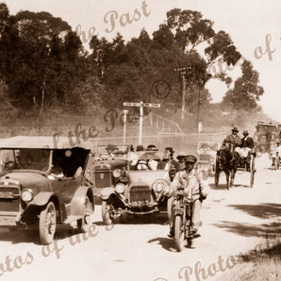 Balhannah, SA - on the way to Oakbank (old cars). South Australia. c1920