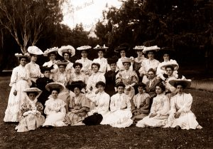 Women's group (Women's Christian Temperance Union) Hobart Botanical Gardens, Tasmania.1903