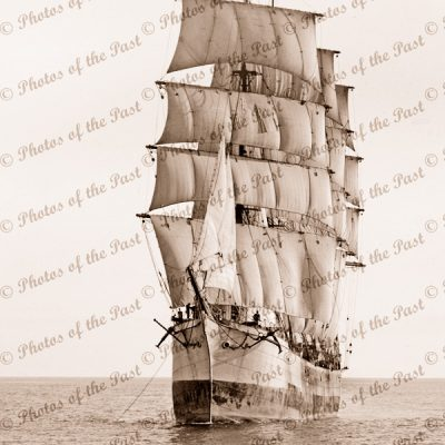 4M Barque ELGINSHIRE picking up a tow. Built 1889. Ship