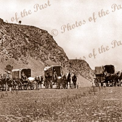 Ben Manisty's vans near the Little Gorge, Lady Bay SA. South Australia. Horse and carriages. 1920