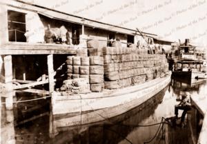 Loaded wool barge PARAGON & PS BANTAM at Echuca Vic. Victoria. 1893. paddle streamer. Murray River